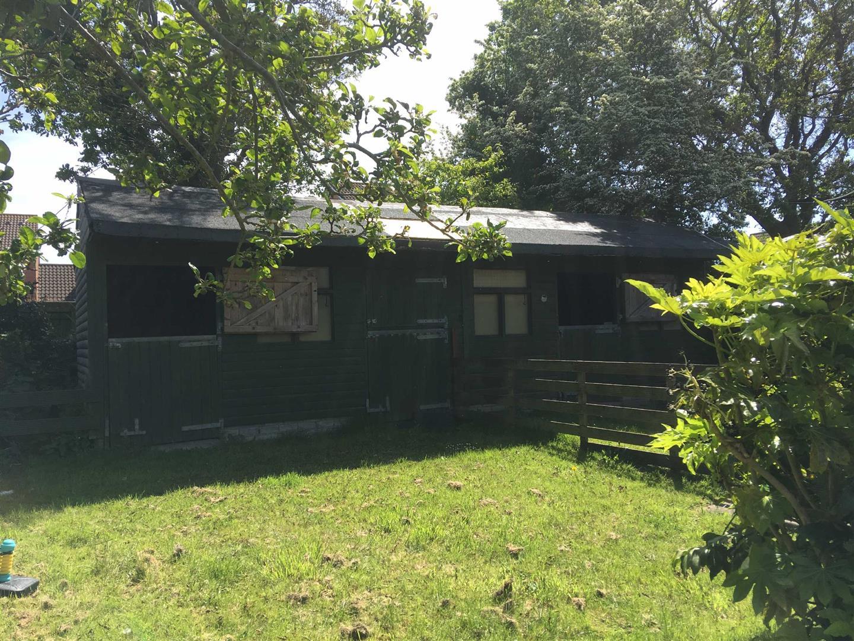 Trallwm Road, Llwynhendy, Llanelli, SA14 9ET